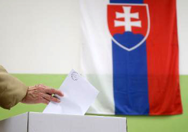 Σλοβακία: Η χώρα σε σοκ μετά την εκλογική επιτυχία του ακροδεξιού κόμματος