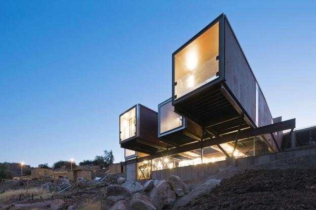 Η (μαγική) μεταμόρφωση Container σε Κατοικίες
