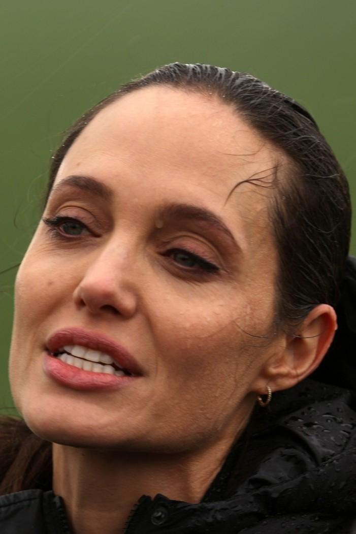 Η Angelina Jolie βρίσκεται στην Αθήνα