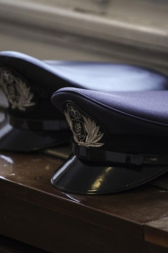 Αστυνομικοί με διπλό ρόλο: «Πόρτα» σε μαγαζιά, PR… σε κλαμπ και ντελιβαράδες