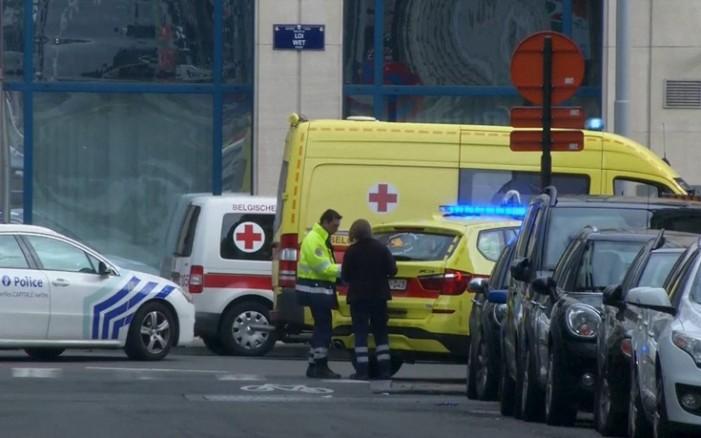 Oι στιγμές τρόμου και πανικού μετά τις επιθέσεις στις Βρυξέλλες μέσα από φωτογραφίες