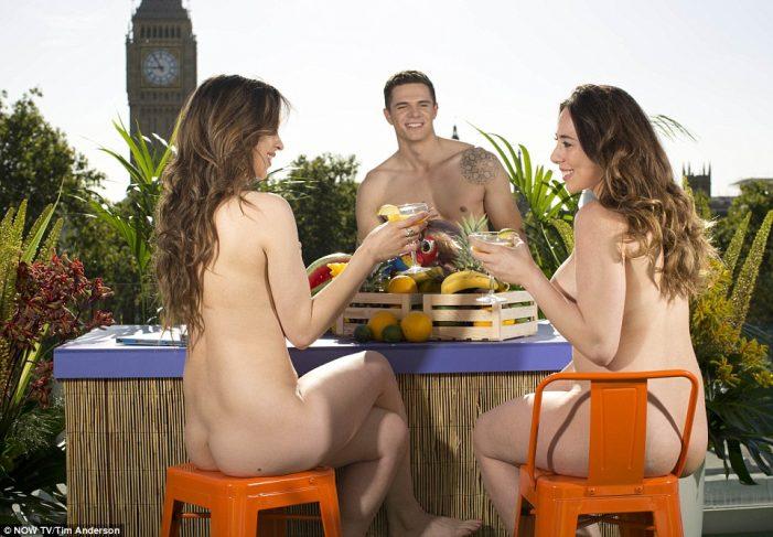 Ταράτσα – Bar γuμνιστών μόλις άνοιξε στο Λονδίνο