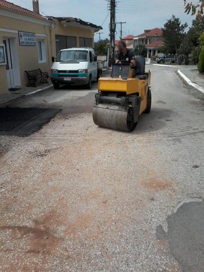 Επιδιορθώσεις στο οδόστρωμα στην Ενότητα Ίωνος Δραγούμη (φωτό)