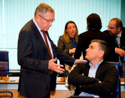 Το μαρτύριο της σταγόνας: Το Eurogroup εκταμιεύει μέρος της δόσης – Τσακαλώτος: Θα τα πάρουμε όλα μαζί