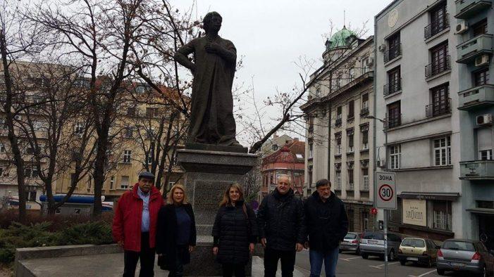 To συμβολικό μήνυμα της Ολυμπίας Τελιγιορίδου από την επίσκεψη της στο Βελιγράδι