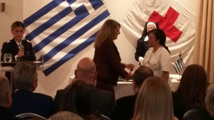Η Ολυμπία Τελιγιορίδου στην τελετή ορκωμοσίας για τους εθελοντές Σαμαρείτες και εθελοντές Νοσηλευτικής
