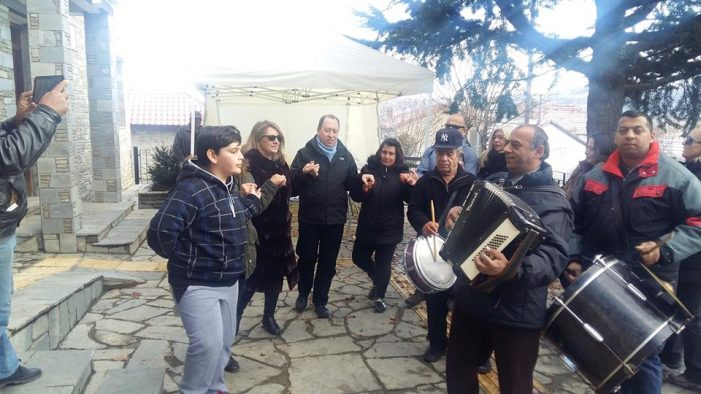 Eκδήλωση στο δημαρχείο Νεστορίου για τις γιορτές