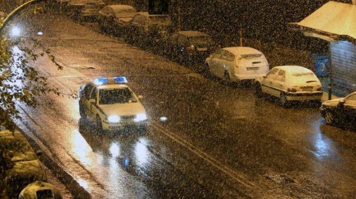 Σε αυξημένη ετοιμότητα η Αστυνομία και η Πυροσβεστική λόγω των έντονων καιρικών φαινομένων