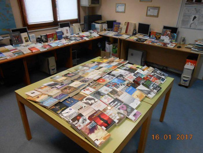 Δωρεά 288 βιβλίων στη Δημοτική Βιβλιοθήκη Καστοριάς