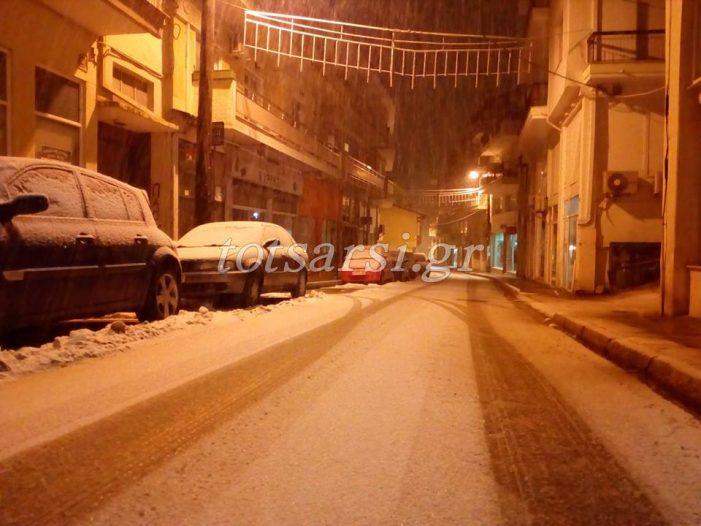 Φωτογραφίες από την χιονισμένη Καστοριά μέσα από το φακό του «Τσαρσί»