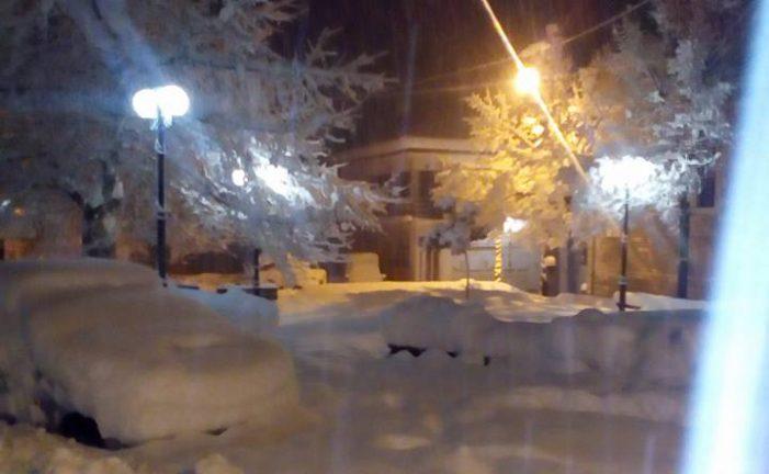 Στον κλοιό του χιονιά το Νεστόριο (φωτογραφίες )