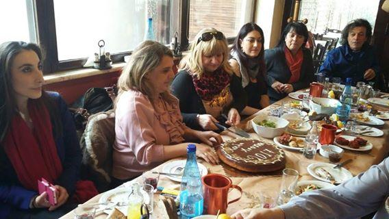 Συνάντηση της Ολυμπίας Τελιγιορίδου με τους δημοσιογράφους της Καστοριάς