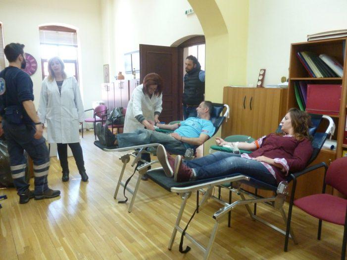 Άργος: Με επιτυχία πραγματοποιήθηκε η εθελοντική αιμοδοσία που διοργάνωσε η ΔΗ.Κ.Ε.Δ.Α.Ο
