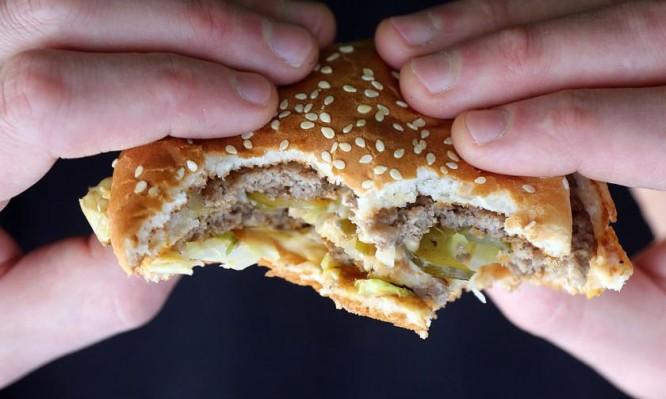 Τάση προς παχυσαρκία: Τι ρόλο παίζει η ώρα που κοιμάστε