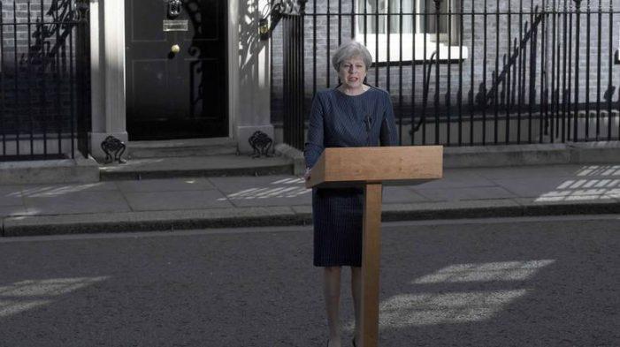 Βρετανία: Πρόωρες εκλογές στις 8 Ιουνίου εξήγγειλε η Μέι