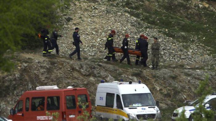 Πτώση ελικοπτέρου: Τι έδειξαν οι νεκροψίες των τεσσάρων στρατιωτικών
