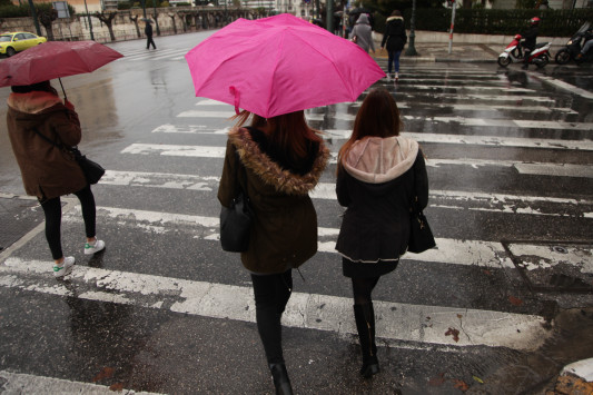 Καιρός: Ανατροπή στο σκηνικό με βροχές και καταιγίδες!