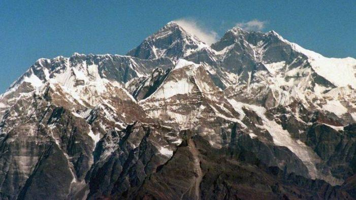 Ακόμη τέσσερις ορειβάτες νεκροί στο Έβερεστ