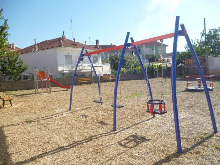 Άργος Ορεστικό: Νέα παιδική χαρά (φωτογραφίες)