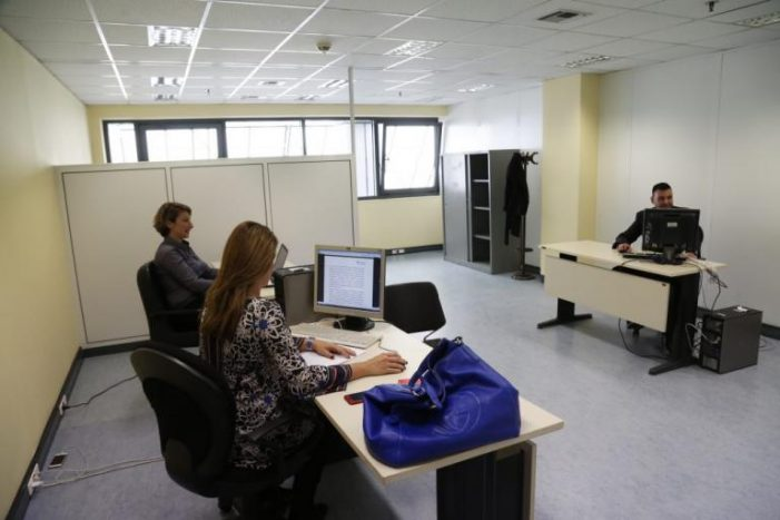 Δημόσιο:  μετατάξεις και μεταθέσεις μέσω αξιολόγησης