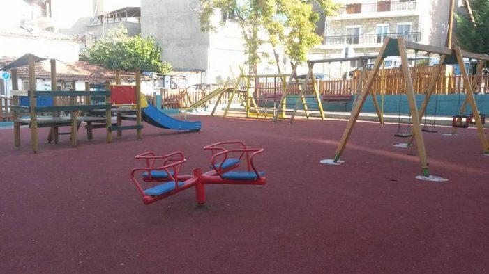 Άργος Ορεστικό: Συντήρηση παιδικής χαράς
