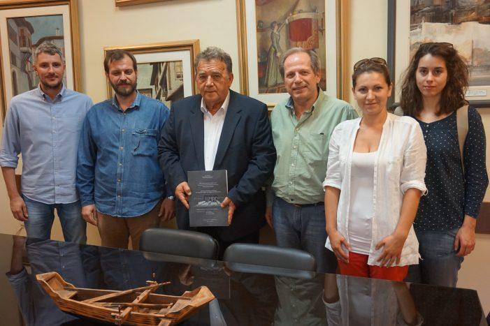 Ομάδα από το ΤΕΙ Θεσσαλίας στην Δήμαρχο Καστοριάς