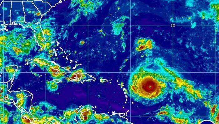 Σε συναγερμό η Φλόριντα καθώς πλησιάζει ο κυκλώνας Ίρμα