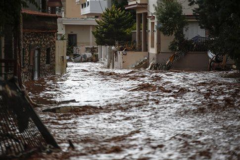 Ασύλληπτη τραγωδία: Δεκατέσσερις νεκροί στη Μάνδρα λόγω πλημμύρας