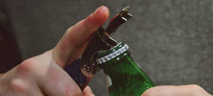 «Καμπανάκι» ΠΟΥ για την κατανάλωση αλκοόλ στην Ελλάδα