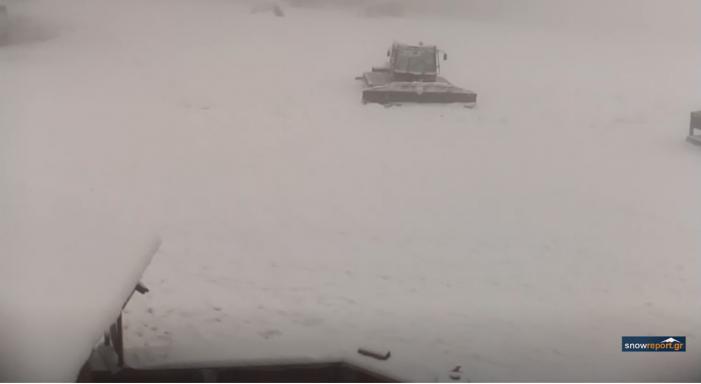 Ισχυρή χιονόπτωση στο Πισοδέρι- ανοίγει το χιονοδρομικό