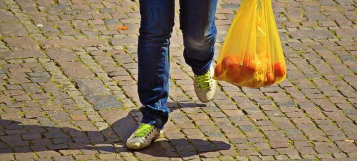 Νέος νόμος για τις πλαστικές σακούλες: Πόσο θα κοστίζει από το 2018;