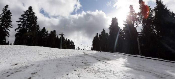 Χιονοστιβάδα παρέσυρε 5 σκιέρ στη Βασιλίτσα -Σε κρίσιμη κατάσταση 30χρονος