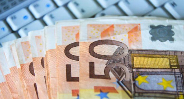 ΕΒΕΠ: Τι θα κληθούν να πληρώσουν φυσικά και νομικά πρόσωπα μέχρι το τέλος του έτους