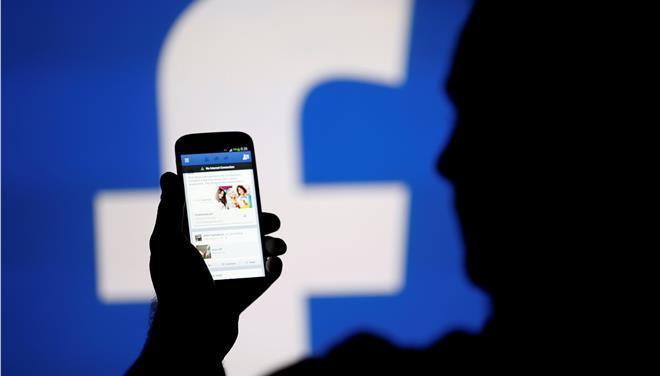 Λιγότερες ειδήσεις, περισσότεροι φίλοι στo news feed του Facebook
