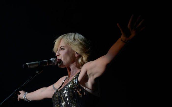 Πέθανε η τραγουδίστρια των Cranberries, Dolores O' Riordan