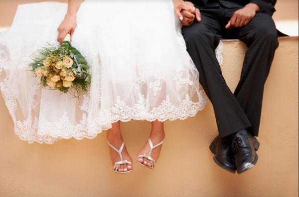 Eρευνα: Ακριβό «σπορ» ο γάμος στην Ελλάδα