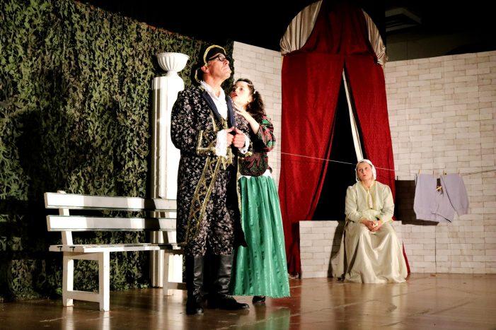 """Ξεκίνησαν οι παραστάσεις """"Ρωμαίος και Ιουλιέτα η επόμενη μέρα"""" από τη Μύηση"""
