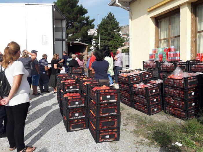 Διανομή λαχανικών & ειδών υγιεινής από την Π.Ε. Καστοριάς