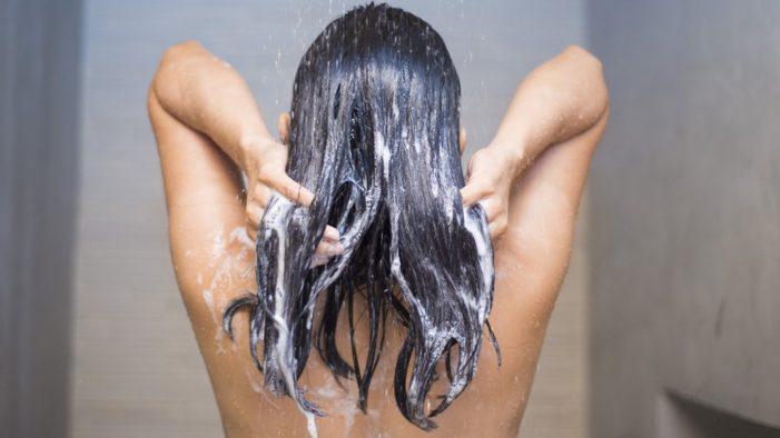Πόσο συχνά πρέπει να λούζεις τα μαλλιά σου