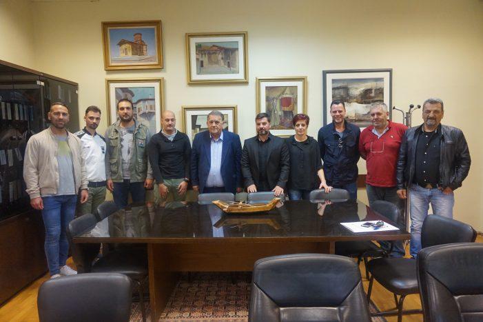 Το Δ.Σ του Συλλόγου καταστημάτων υγειονομικού ενδιαφέροντος Καστοριάς στον Α. Αγγελή