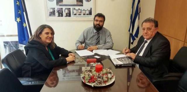 Υπογραφή προγραμματικής σύμβασης για την κατασκευή ξύλινου δαπέδου στο Κλειστό Γυμναστήριο της Δ.Κ. Μεσοποταμίας