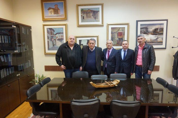 Επίσκεψη του εκπροσώπου της Ελληνικής εθνότητας της Εθνοσυνέλευσης Ουγγαρίας στον Δήμαρχο Καστοριάς