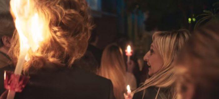 Διαφήμιση Jumbo για το Πάσχα: Πήρε φωτιά το μαλλί του Πέτρου Γαϊτάνου! [βίντεο]