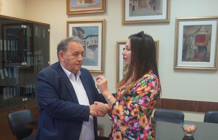 Επίσκεψη της Βίκυς Φλέσσα στον Δήμαρχο Καστοριάς