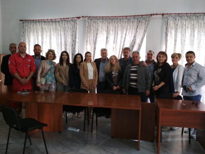 Η Κατερίνα Σπύρου σε συνάντηση με κατοίκους των Εργατικών Κατοικιών