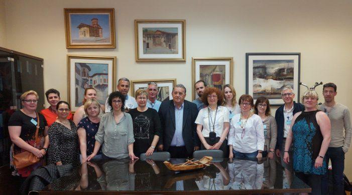 Στον Δήμαρχο Καστοριάς Εκπαιδευτικοί από σχολεία της Ευρώπης
