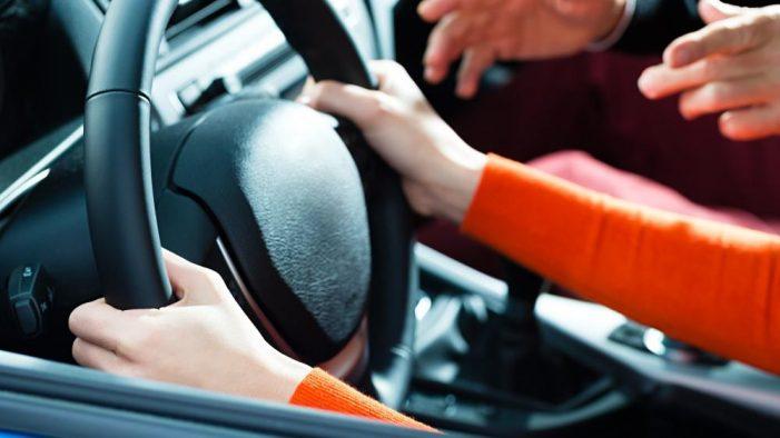 Ακριβαίνουν τα νέα διπλώματα οδήγησης – Πόσο θα κοστίζει η εξέταση