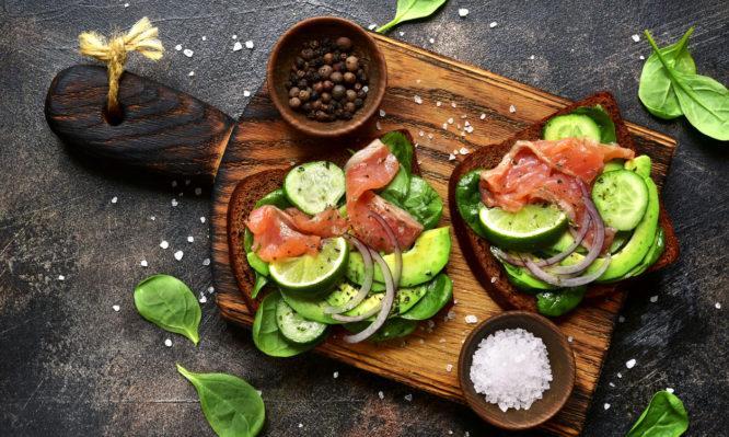 Έμφραγμα – Εγκεφαλικό: Οι τροφές που πρέπει να αποφεύγουμε