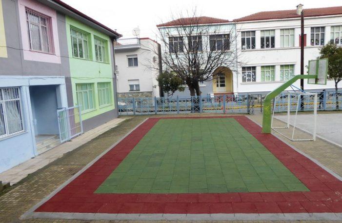 Τοποθέτηση ελαστικών δαπέδων σε Νηπιαγωγεία του Δήμου Καστοριάς