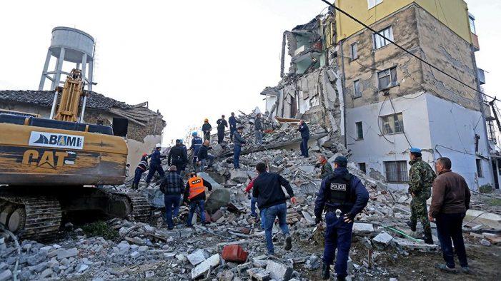 2ο Γυμνάσιο Άργους Ορεστικού: Συγκέντρωση Ανθρωπιστικής Βοήθειας προς την Αλβανία